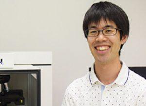塩崎 祐介 商品開発・製造・サービスエンジニア 2013年4月